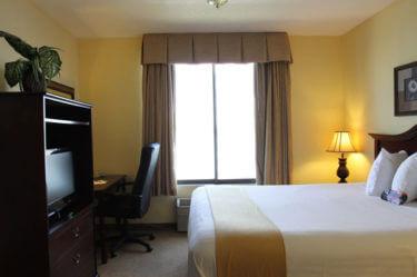 mini suite kennewick hotel