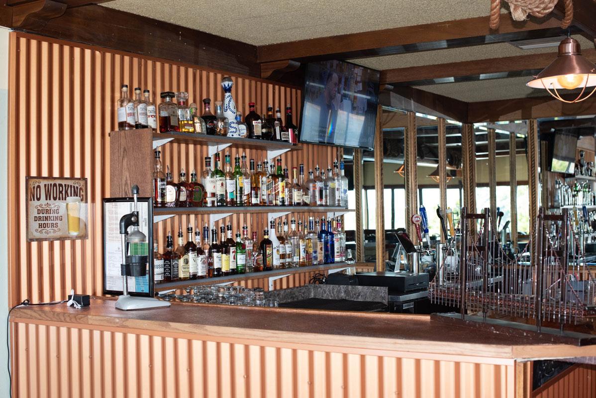 crows-nest-kennewick-bar-bar