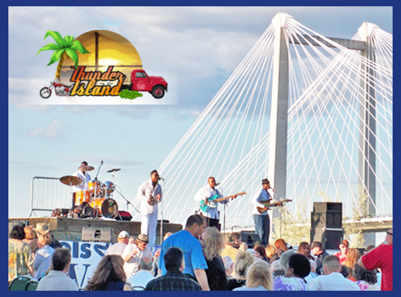 Clover Island Inn is your go to source for Summer concerts on the Columbia River.